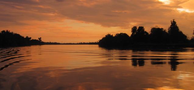 Unglaubliche Sonnenuntergänge: Kampot