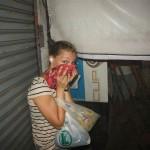 Rina in Deckung mit Mund und Ohrenschutz:)