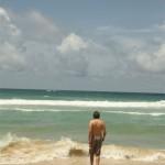 Thilo geht nochmal im Meer schwimmen, bevor es in den Norden geht...