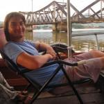Mit dem Klappstuhlboot von Captain Chim zu den fireflys
