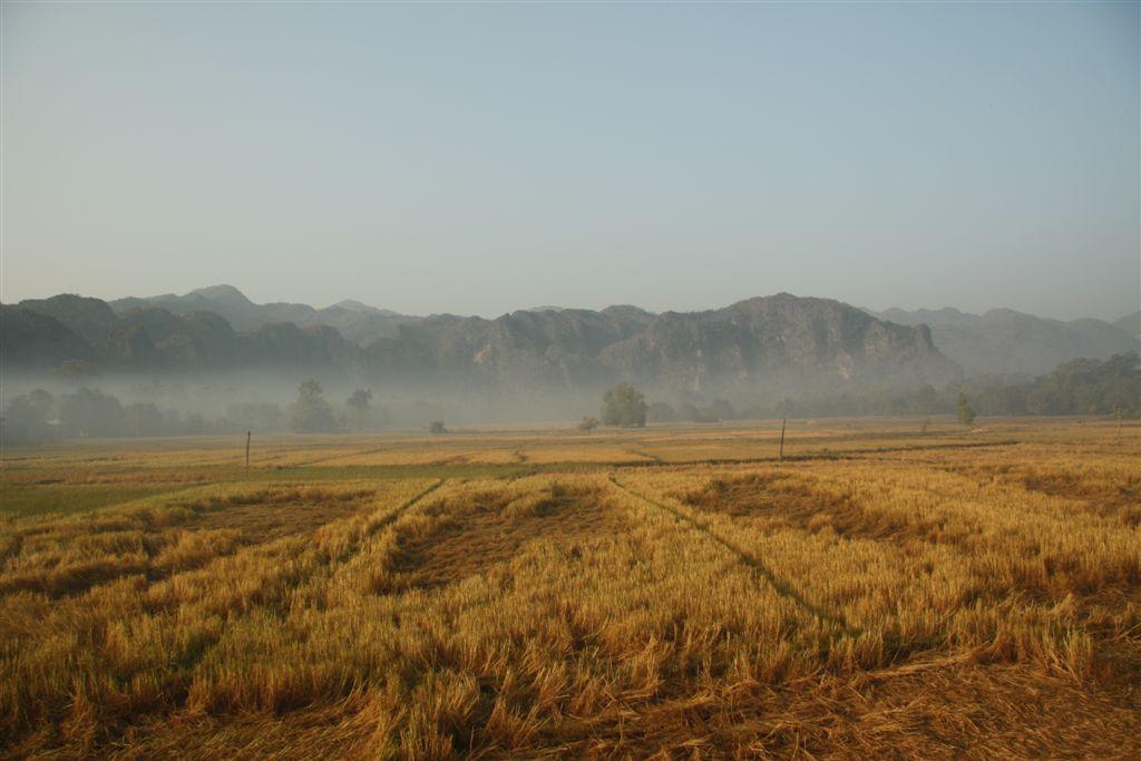 Khong Lo Village und Cave