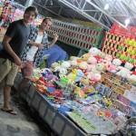 Pierre und Thilo beim Luftballon-Dart